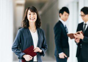 東京都内にある日本交通はタクシーが一番稼げる環境です。稼ぎやすい会社は日本交通なのでここで確実に稼ぐようにしましょう。